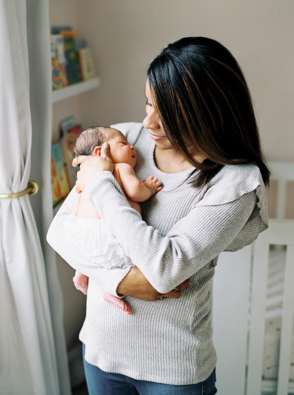 MeganSchmitz-Fairfax-newborn-photographer_003.jpg