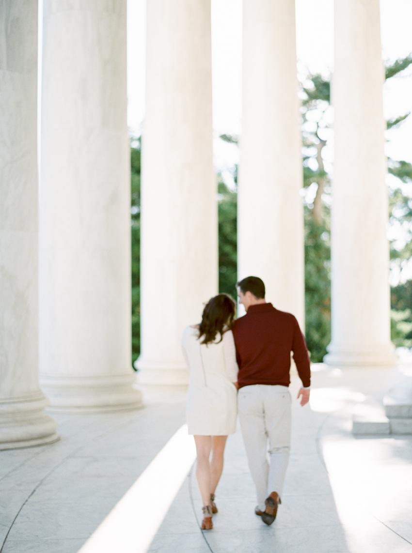 MeganSchmitz-Washington-DC-engagement-photographer_006.jpg