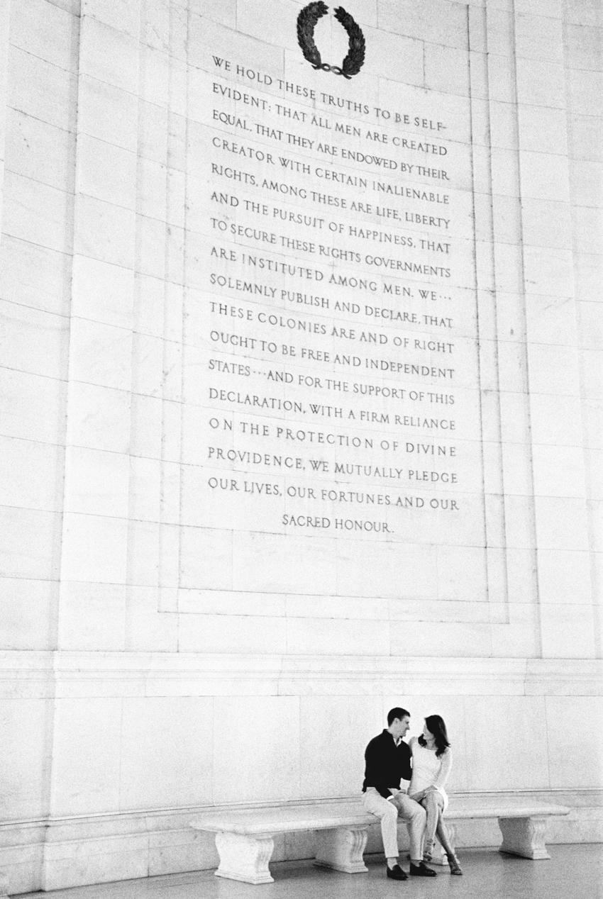 MeganSchmitz-Washington-DC-engagement-photographer_010.jpg
