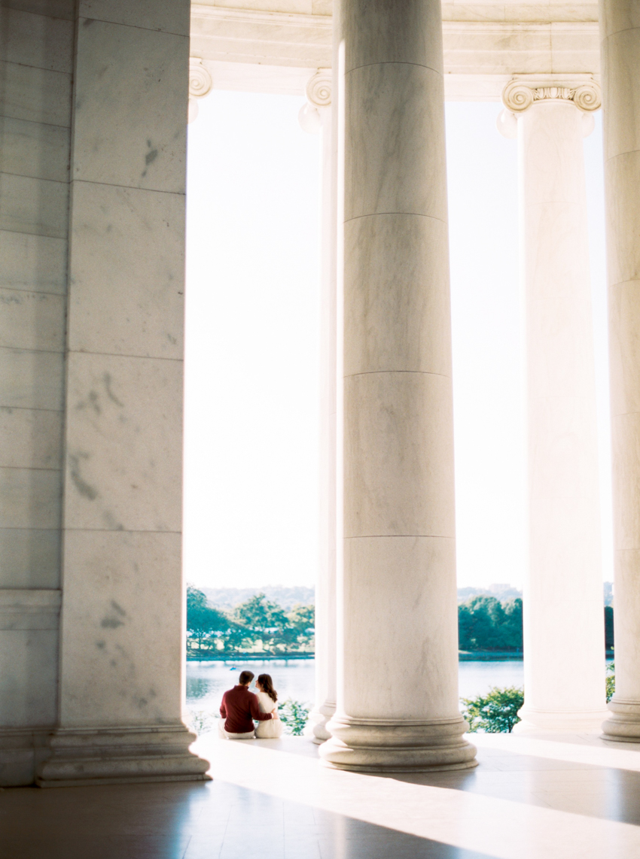 MeganSchmitz-Washington-DC-engagement-photographer_011.jpg
