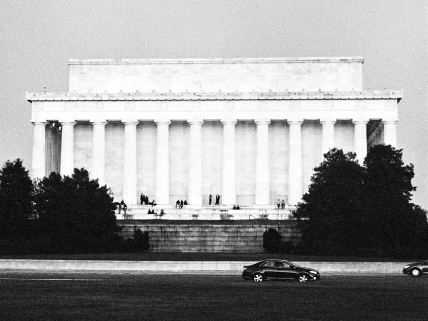 MeganSchmitz-Washington-DC-engagement-photographer_019.jpg
