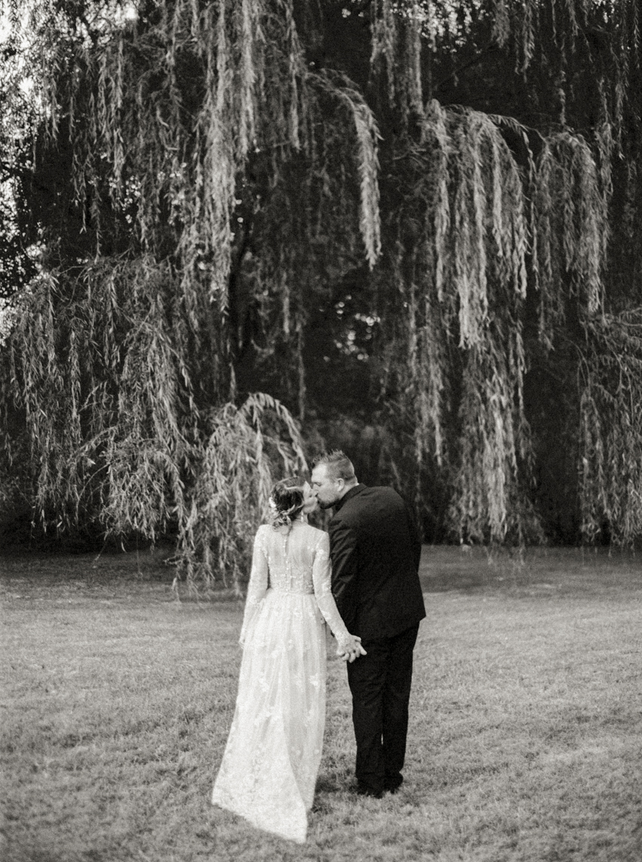 MeganSchmitz-Arlington-wedding-photographer_032.jpg