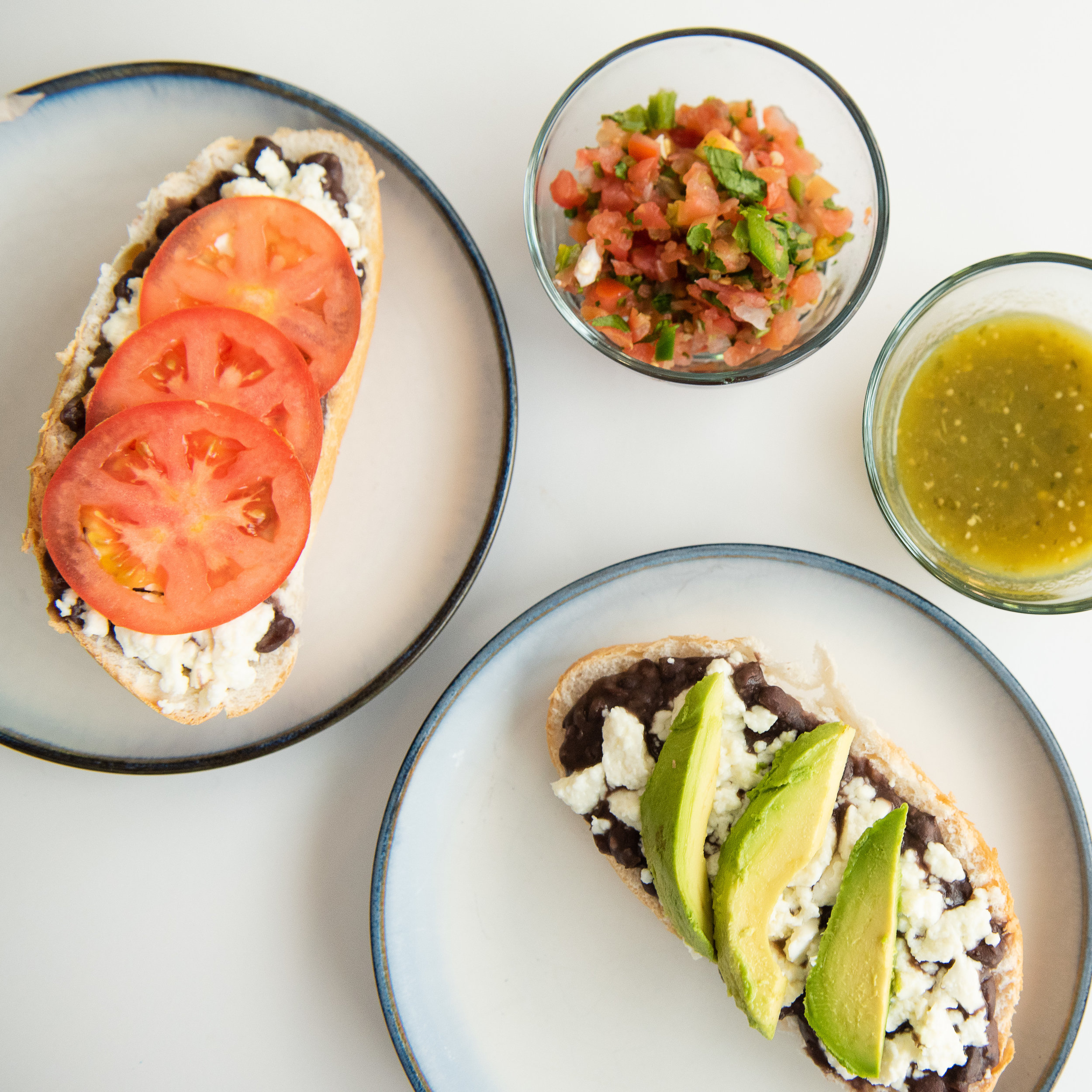 molletes-mexican-food-snack-lunch-school-quick-meal-5.jpg