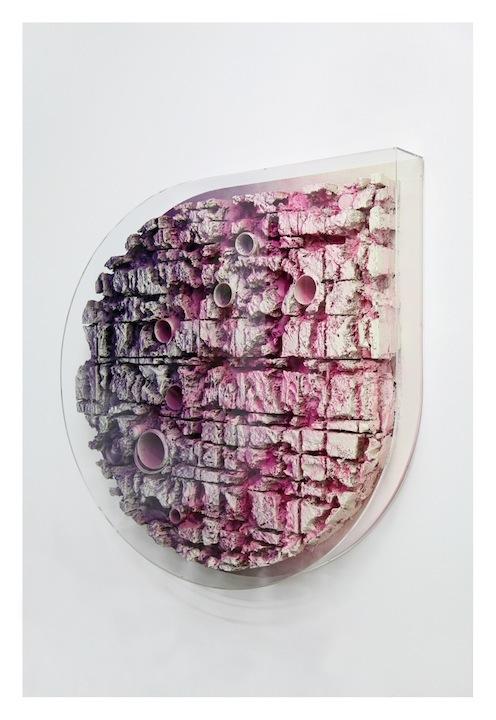 Jan Albers, powerchAinsAwmAssAge, 2013/14, spray paint on polystyrene & studio left overs, diameter 66.92 x 8.66 in, diameter 170 cm x 22 cm