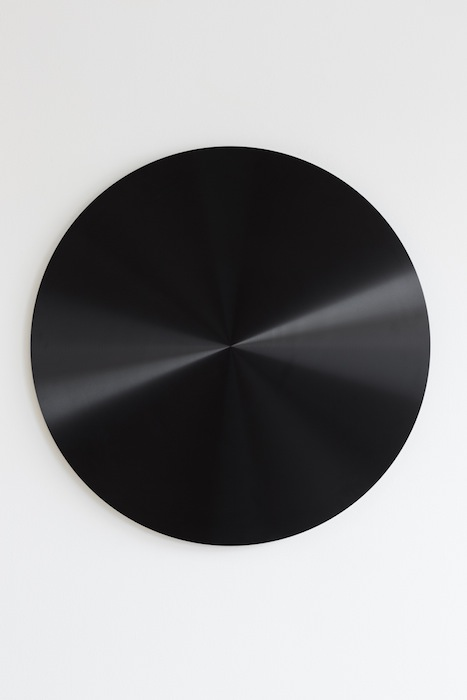 Ann Veronica Janssens, Black Disc, 2010-2013, anodized aluminium, 85cm x 3 cm, edition 3 of 3, 2