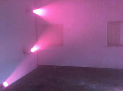 """Installation view, Ann Veronica Janssens, """"Fog Star"""", 2018."""