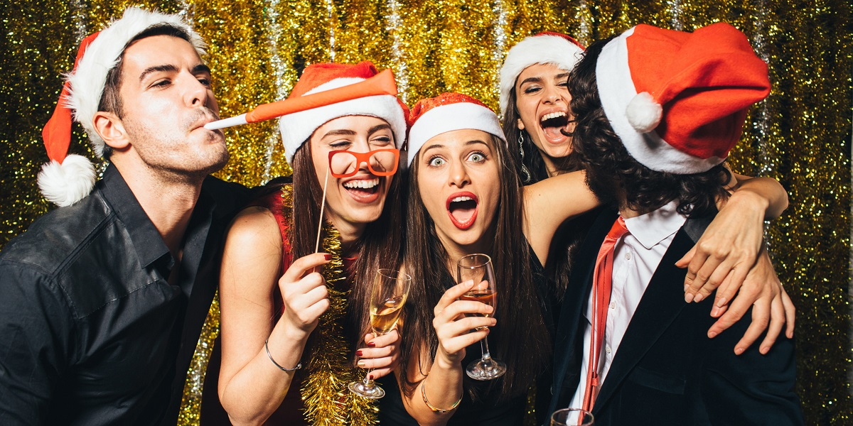 christmas-party-themes-for-adults2.jpg