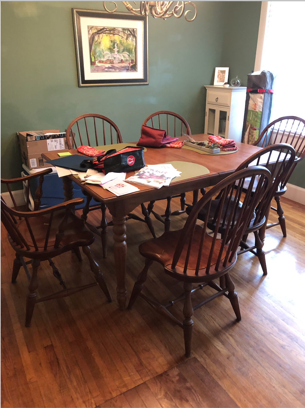 green dining room before.png