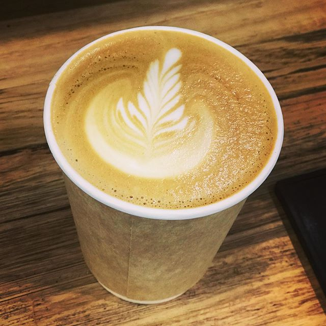 The perfect coffee | Made by our talented and passionate baristas. #geelongcoffee #geelongbakery #breadbrothersbakingco #coffee