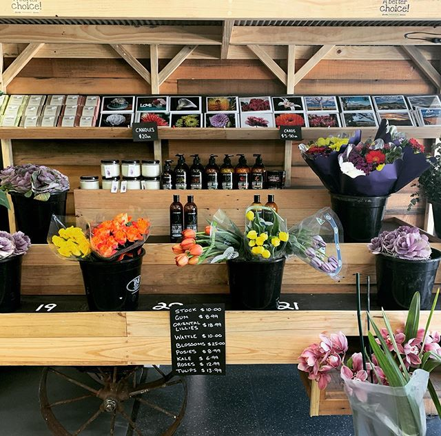 Welcome to our new neighbours @theproducecorner! We are blown away by your fresh produce, speciality products (hello @timboonicecream!) & the beautiful range of fresh flowers. Bread Brother's sources all our fruit & veg from here. Come and visit them today! 🥬🥒🍅