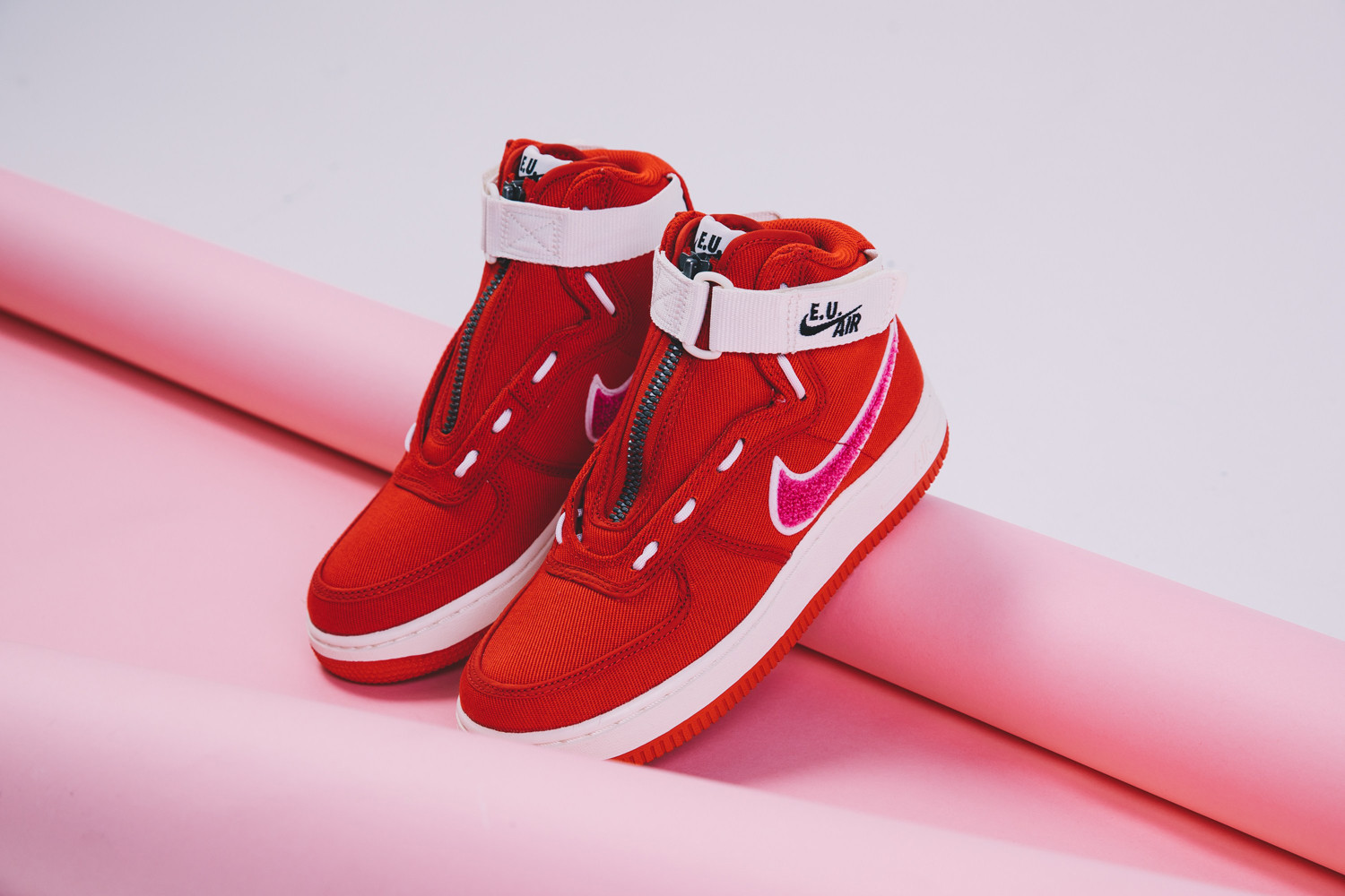 Clothing brand Emotionally Unavailable has teamed up with Nike for a Valentines day rendition of the Air Force 1 High.  The Emotionally Unavailable x Nike Air Force 1 High is available now via very select retailers.