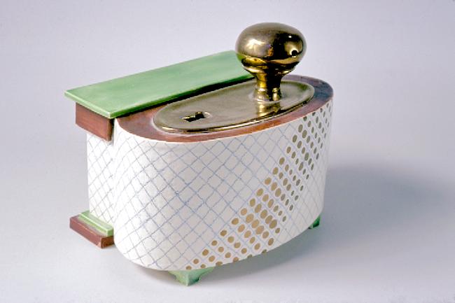 keyhole box with ocarina.png
