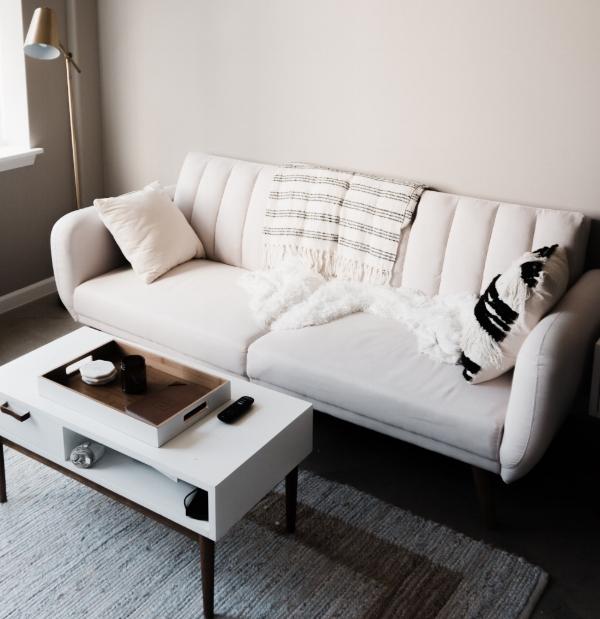blogging-interior-design-ochre-and-beige.jpg