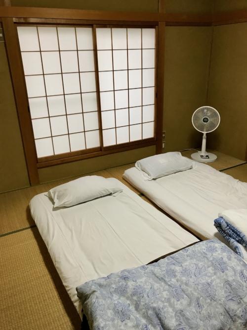design-in-japan-o&b-inspiration-abroad-interior-tatami-mats.jpg