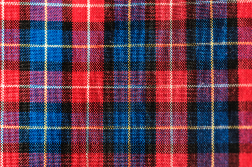 YOURBIZ-LOCATION-how-to-mix-patterns-plaid.png