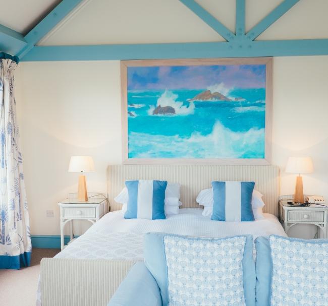 BIZ-LOCATION-art-in-bedroom-ocean-tones-blue.jpg