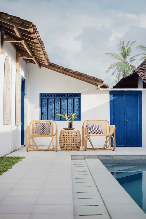 BIZ-LOCATION-using-color-in-blue-nude-calm-outdoor-seating.jpg