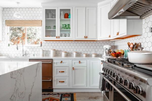 BIZ-LOCATION-how-to-choose-lighting-kitchen-task-down.jpg