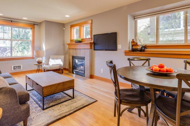 BIZ-LOCATION-fireplace-living-room-furniture-organization-space-plan.jpg