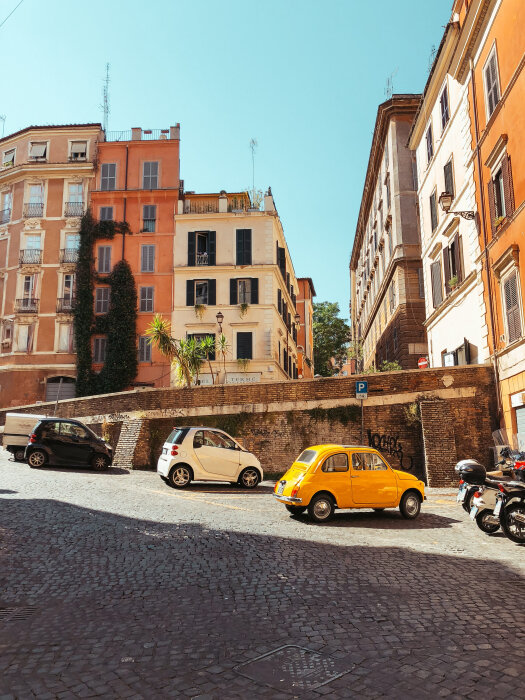 travel-to-europe-changed-my-life-design-architecture-italy-ochre-and-beige.jpg
