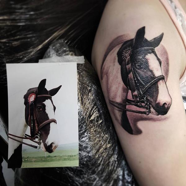 1464349309_bob-hodge-tattoo-artist.png