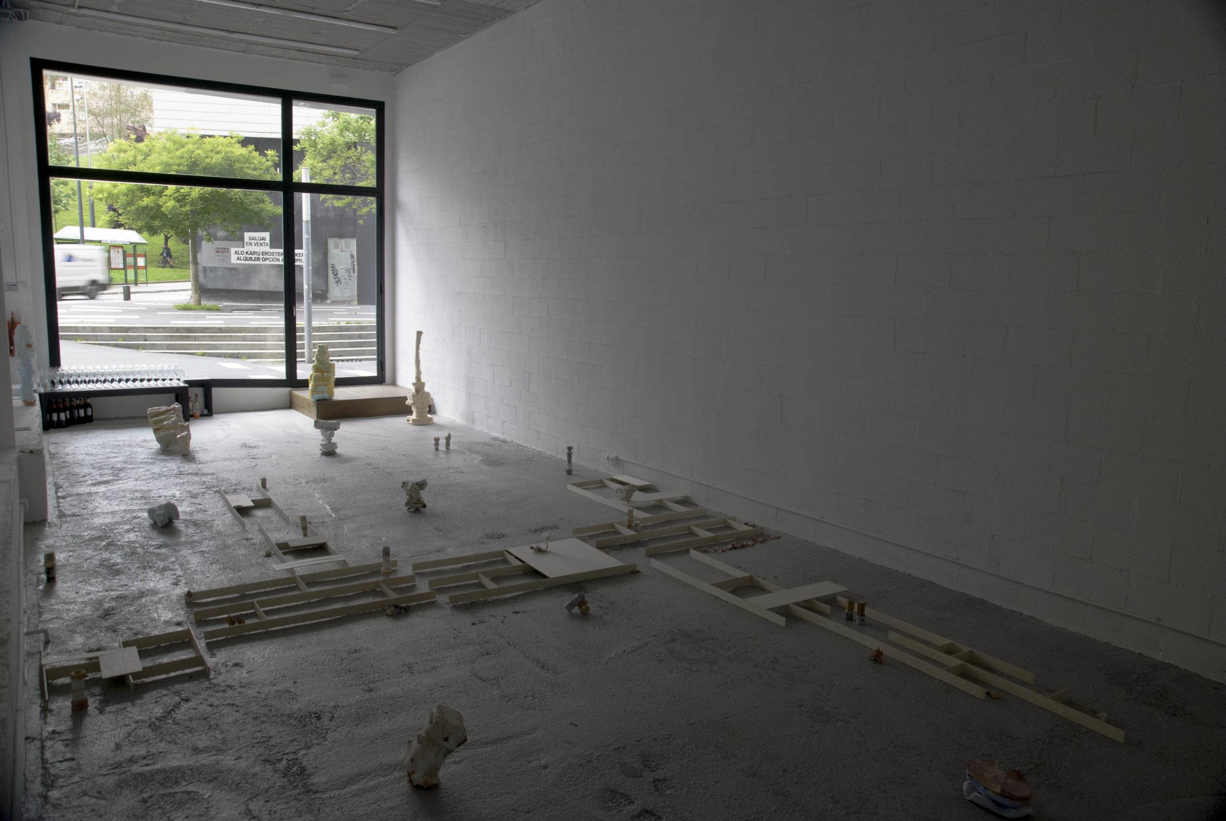 2018 Abrigo La Nuca installation view at Aldama Fabre Gallery Bilbao ES