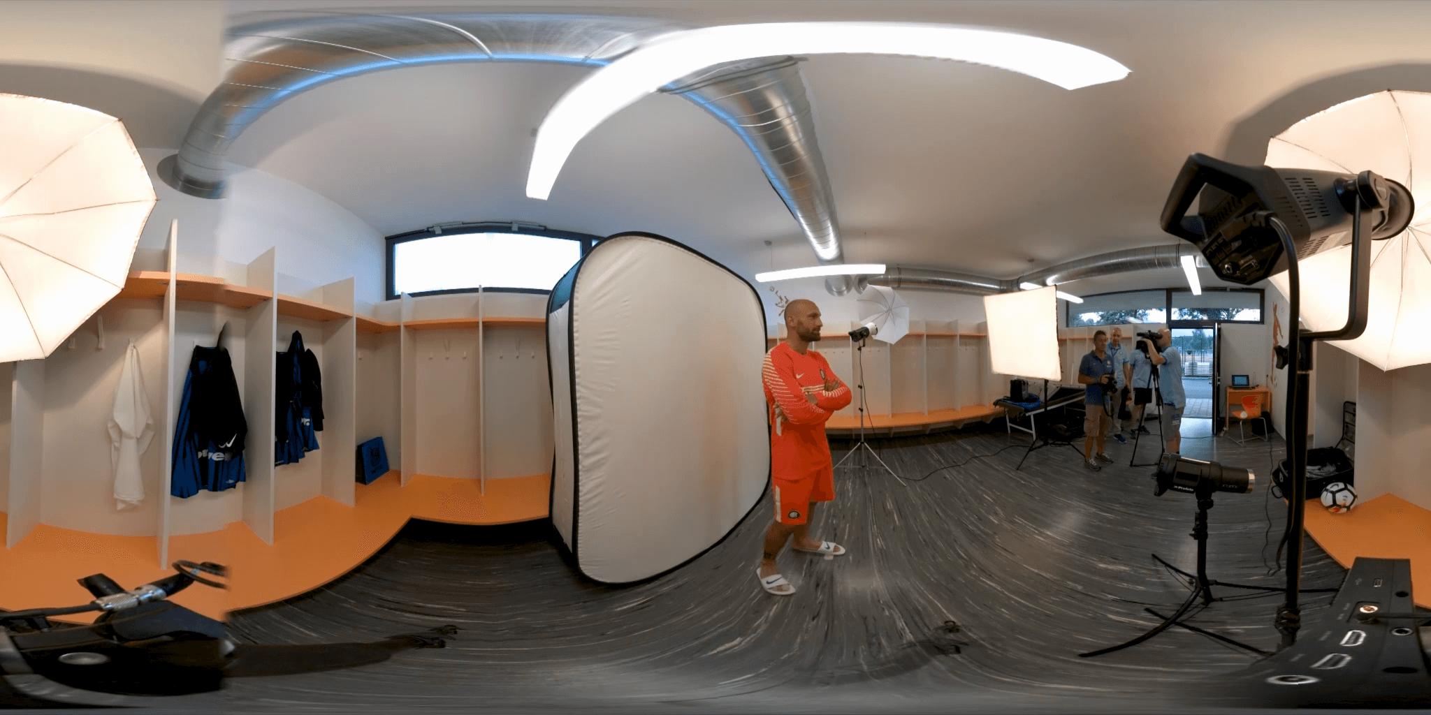 Inter VR Edit_English_360_TB (0-02-17-15).png