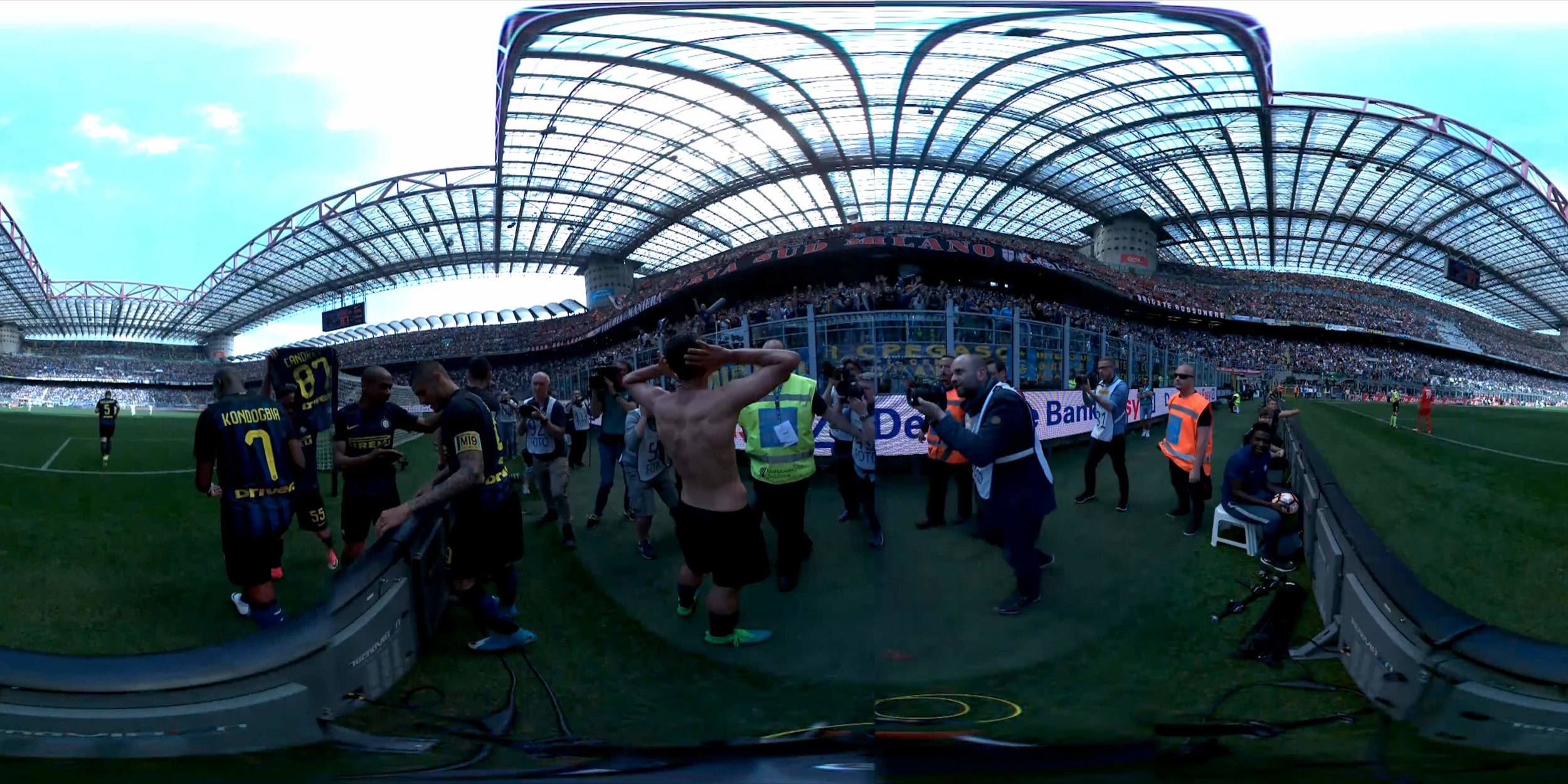Inter VR Edit_English_360_TB (0-00-15-01).jpg
