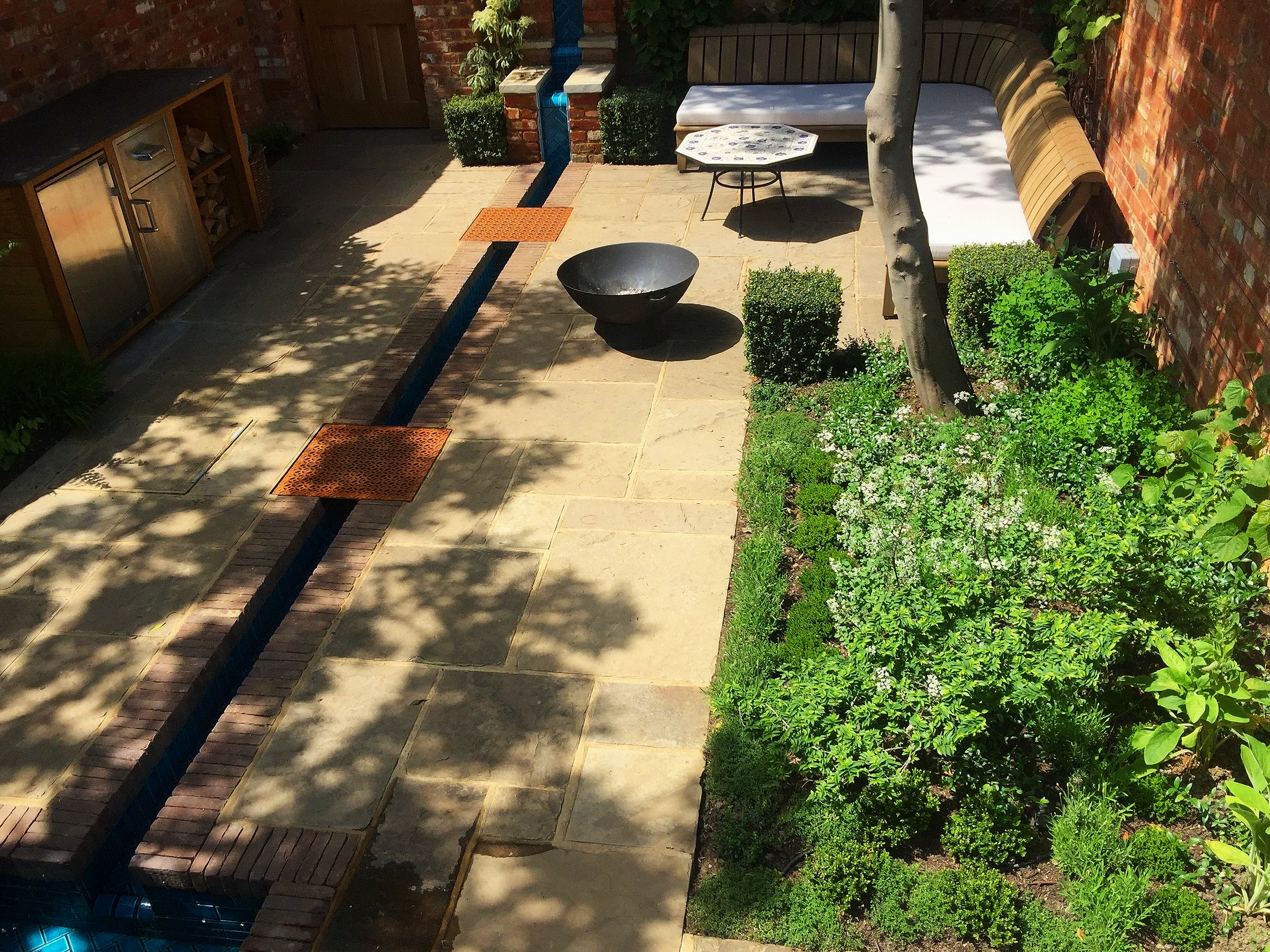 new barn garden design windsor berkshire_2516.jpeg