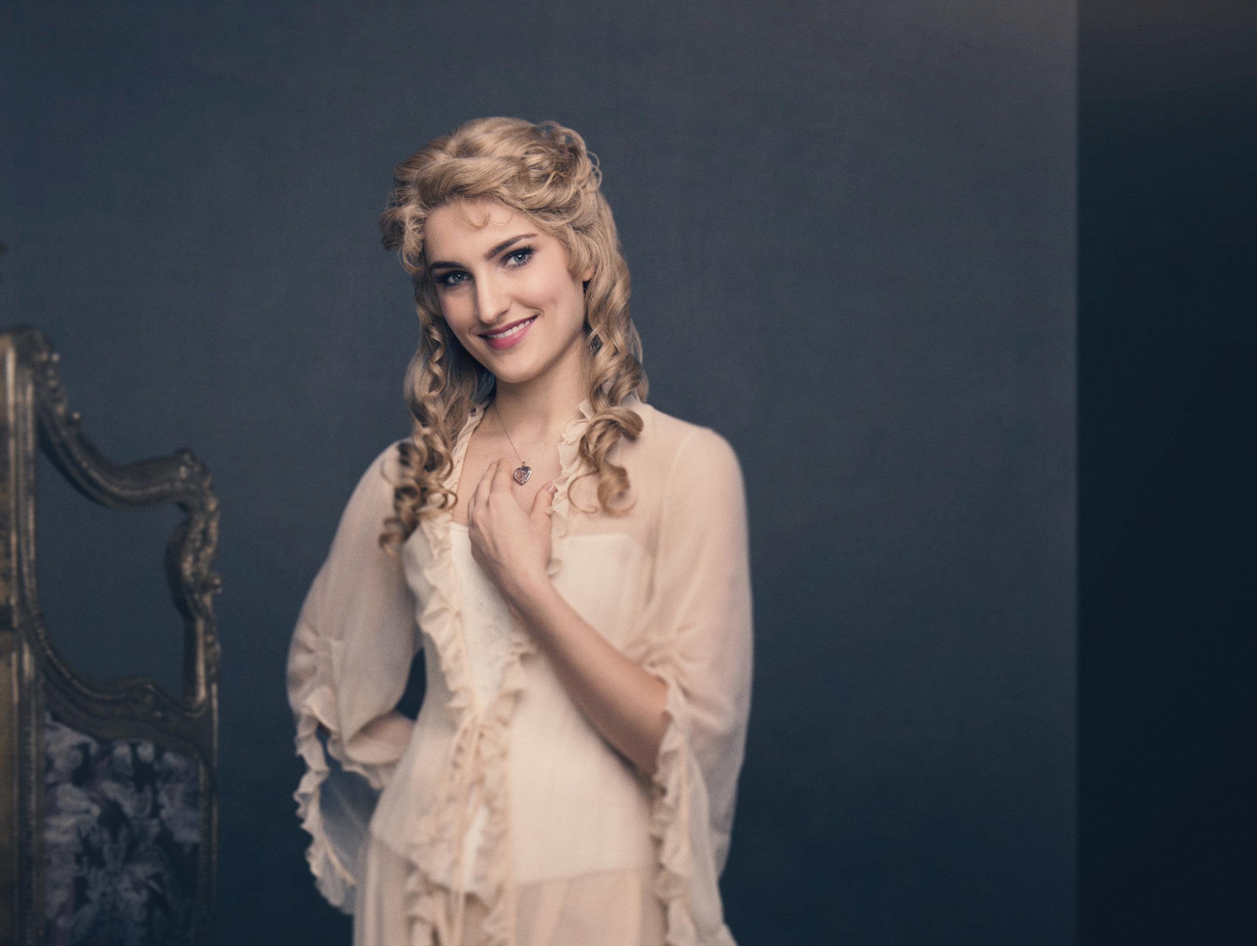 "Nominert til ""Best Actress in a Musical""   Astrid Giske for sin rolle som Christine i The Phantom of the Opera"