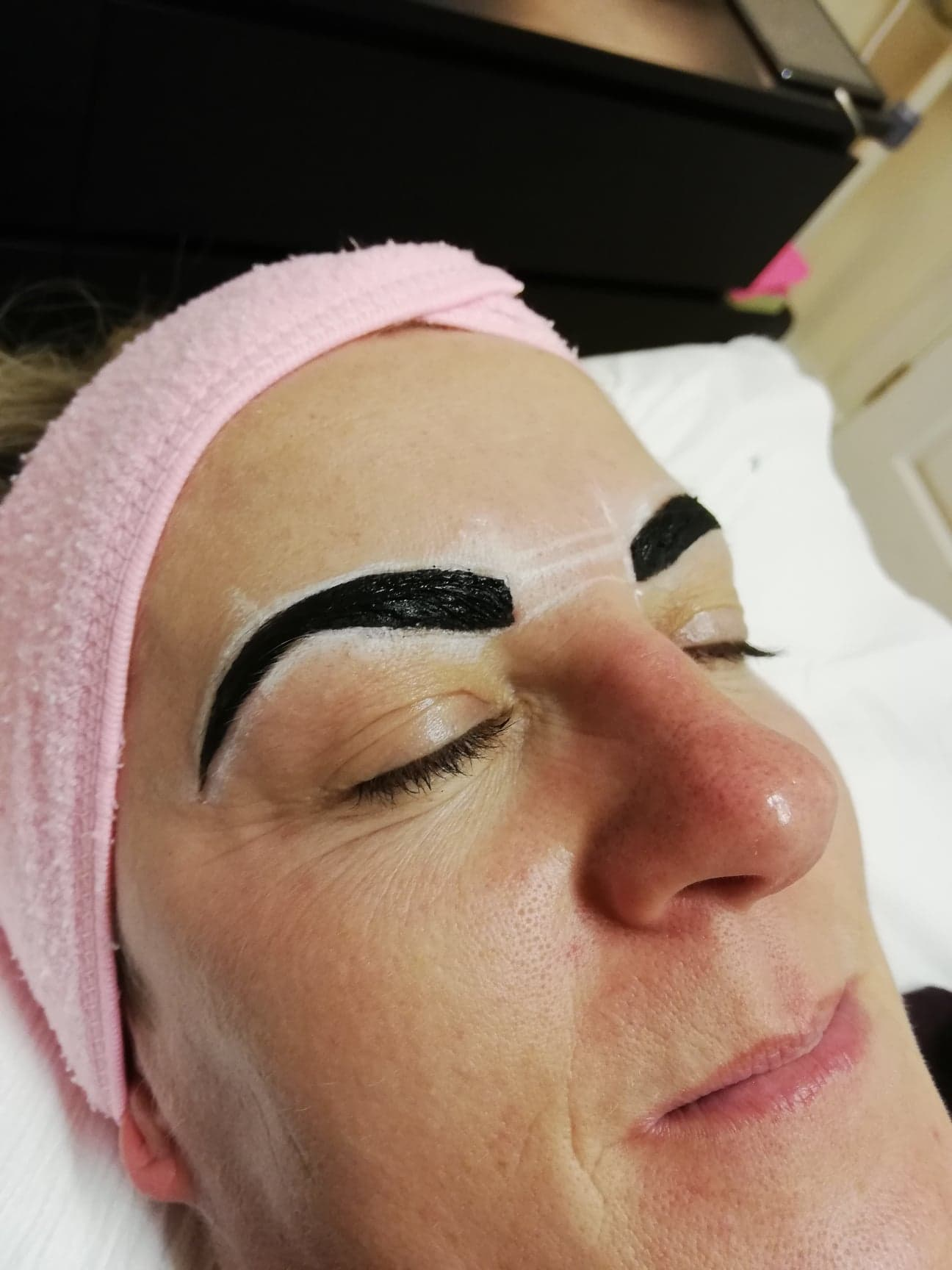 Henna developing, results are never as black as the henna tint - The results are much lighter than the henna tint whist it is setting