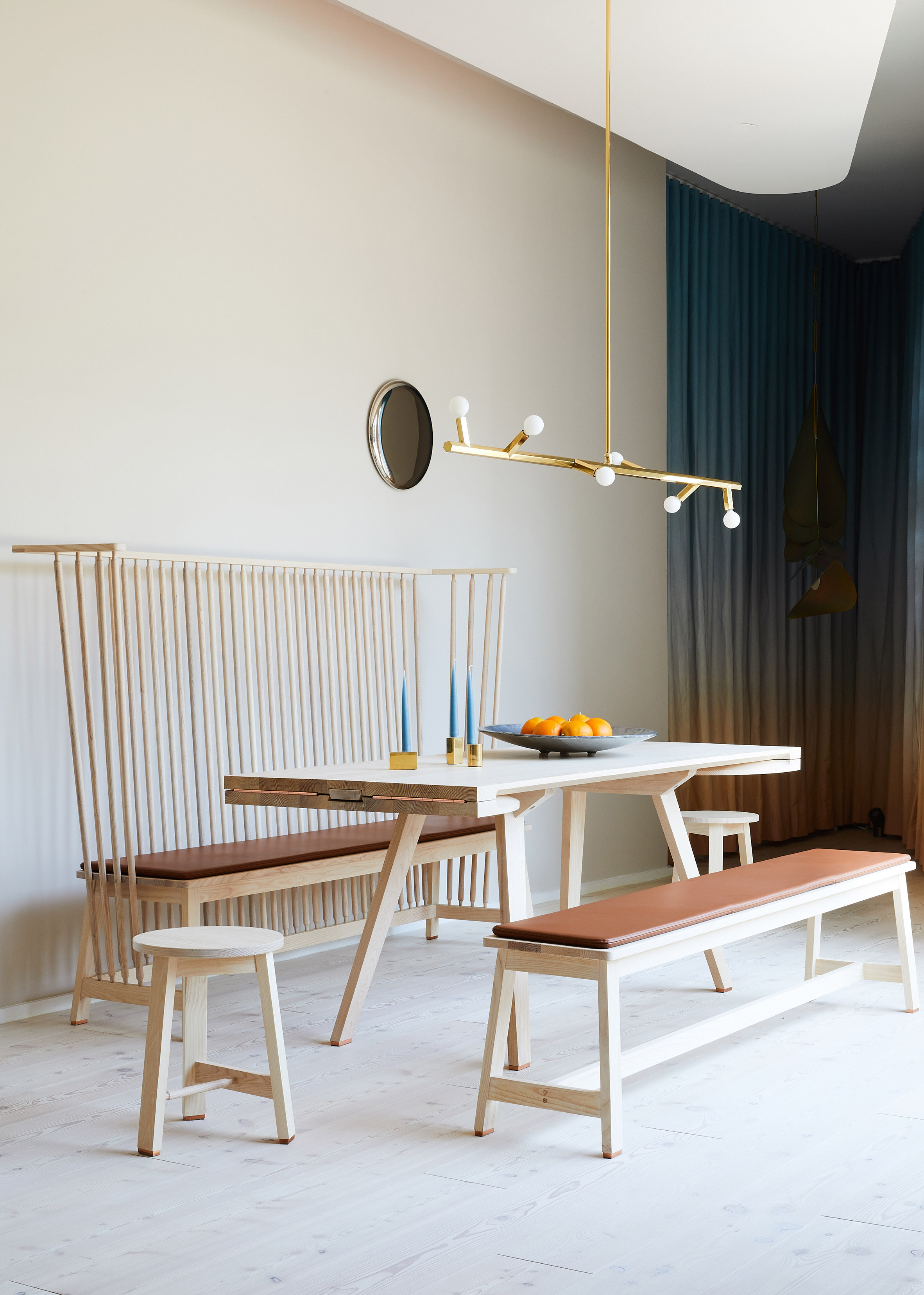 de-la-espada-the-future-perfect-showroom_dezeen_2364_col_31.jpg