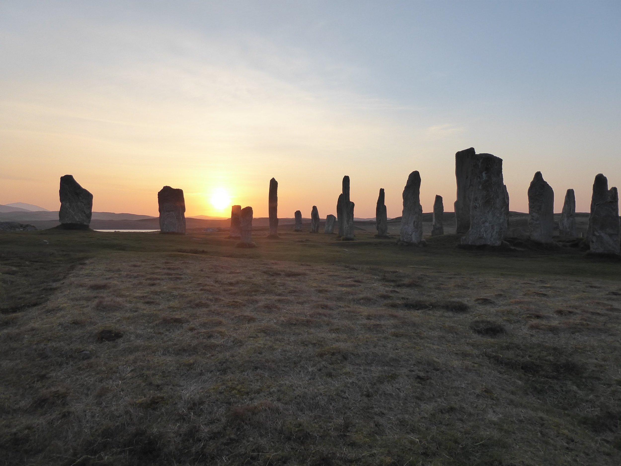 calanais Standing Stones.jpg