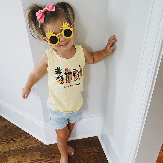 Friday, party time status. ___ #partyparty #partygirl #partytime #friday #fridayvibes #fridaymood #babygirl #toddlerfashion #toddlerstyle #toddlerlife #toddler #toddlermom #loveher #modelbaby #momlife #oldnavy #lpcshowyourbows #totesadorbs #babyandabiscuit #atlmom #mommyandme #atlantamom #momblogger #mybabygirl