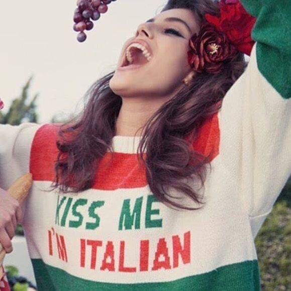 The Italian Way 🍅 #kissmeiamitalian #italianstyle #italiansdoitbetter #dolcevita