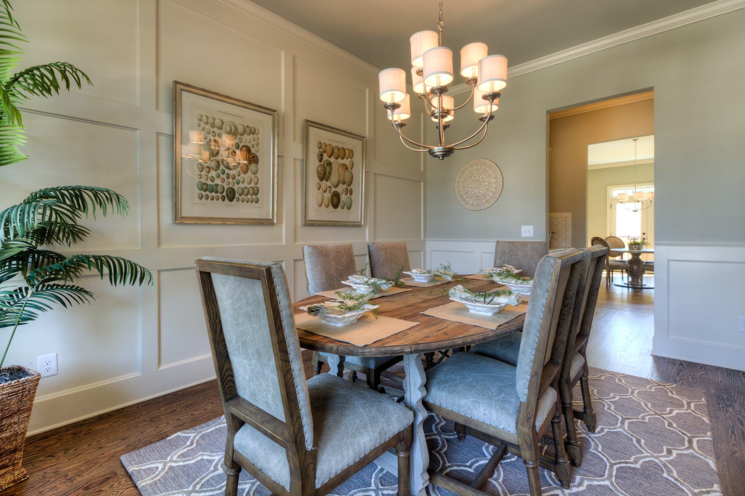 LG6 Dining Room 1.jpg