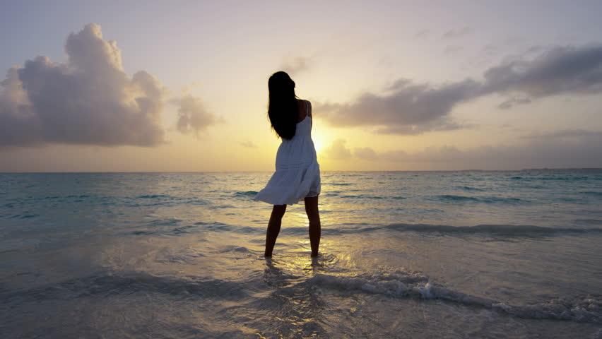 girl by sea.jpg