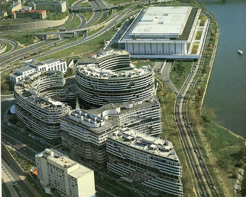 watergate - aerial shot.jpg