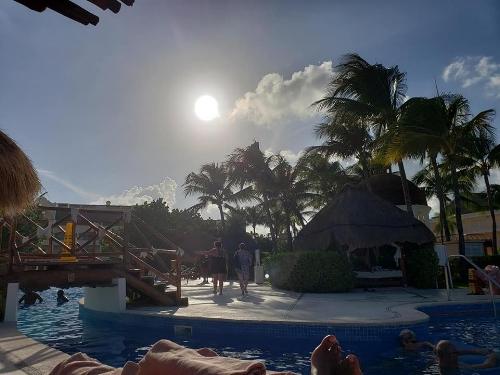 caribbeansun.jpg