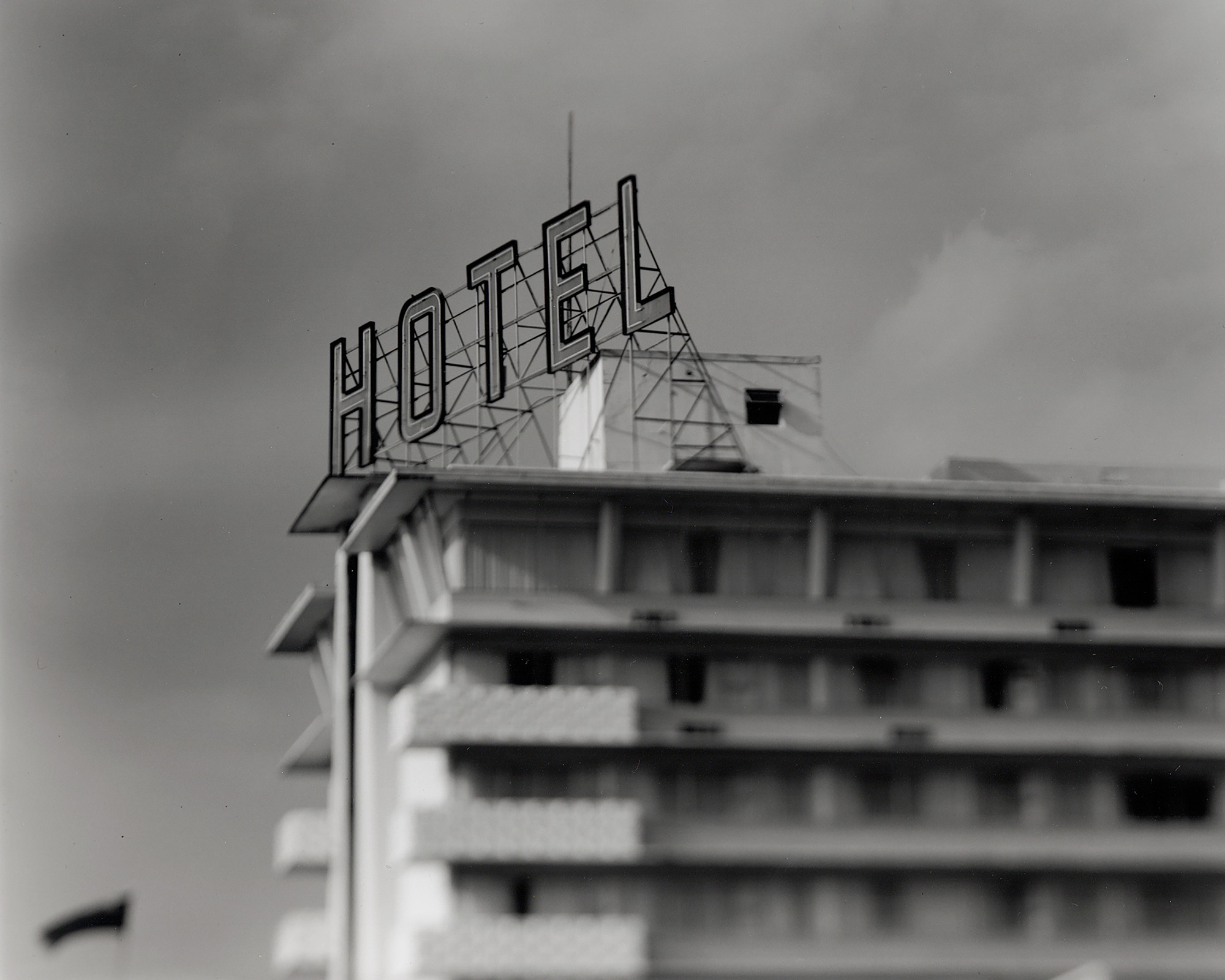 Royal Towers Hotel.jpg