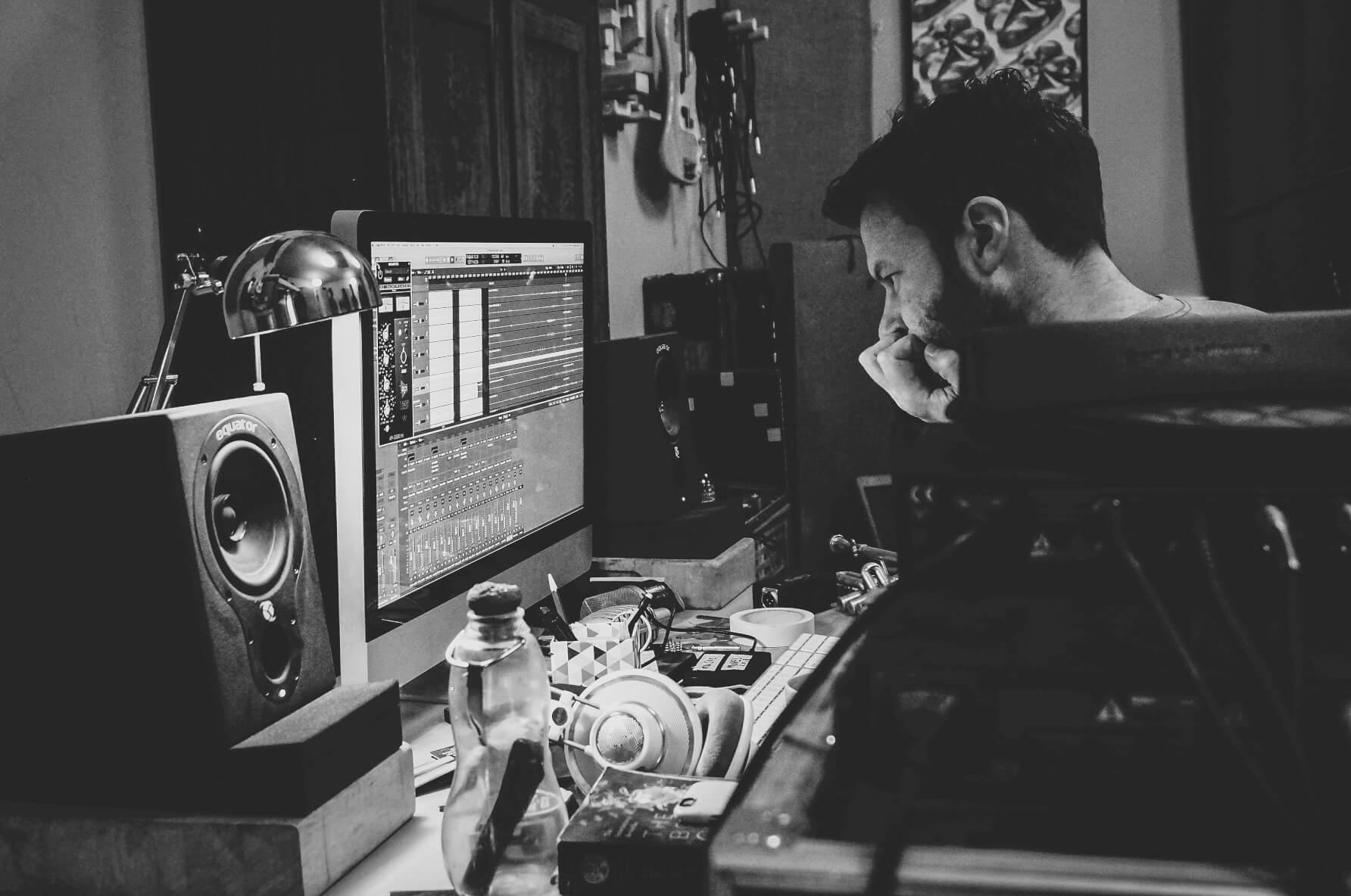 producer-mixing-sara-colman-recording-session-jazz-british-canyon.jpg