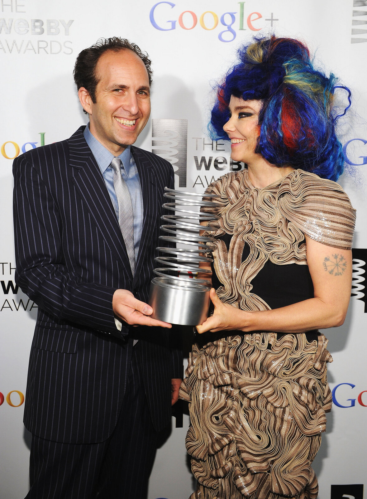 Scott Snibbe presenting Björk with Webby Award for Biophilia, 2012.