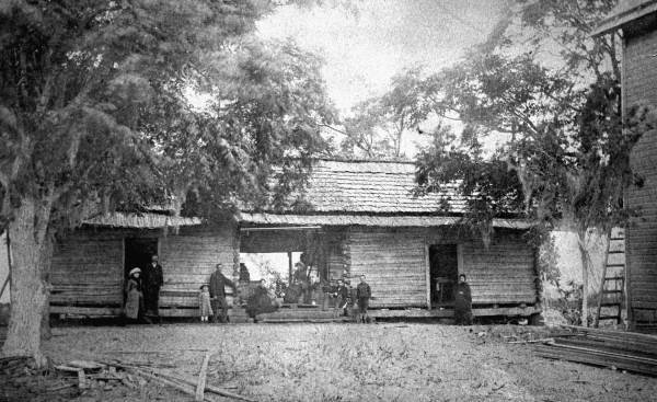 Family posing for a photo at their dogtrot-style home c. 1880's. Photo Courtesy of the  Florida Memory Project .