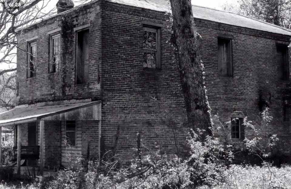 ms rodney brick bldg orig mary pallon.jpg