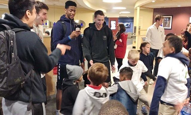 Thank you to the @washu_mbb for coming inside to hang out with kids despite the rain! 🏀 B&B meets basketball!