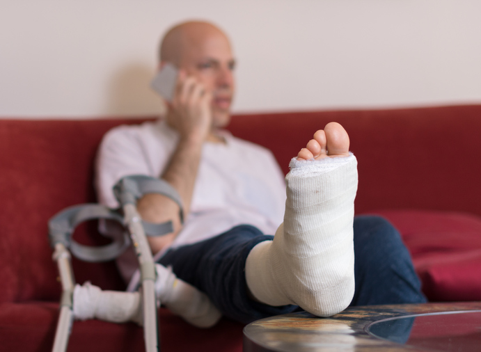 fall-related fractures - MANAGEMENT & PHYSIOTHERAPY