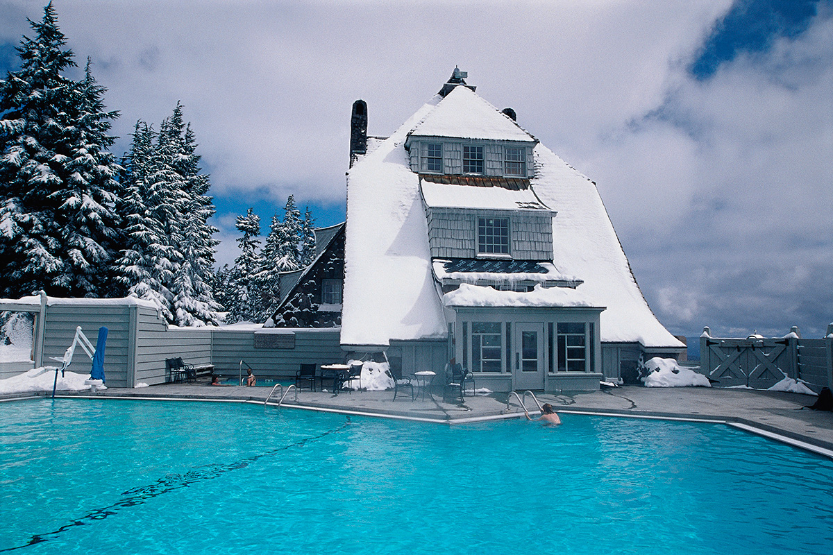Apres snowshoe? How about a swim in the highest pool in the West? Perched at 6,000 feet, this is one great spot to wind down after your full moon snowshoeing tour. Image Courtesy: skisafari.com