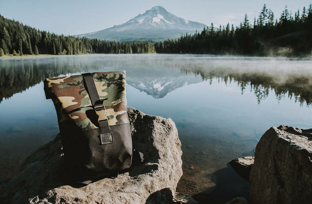"Check out the ""Day Tripper"" bag here…in one of several styles. This is a great back for biking, walking or just cruising around. High-end, yet understated. Image Courtesy: Blaqpaks.com"