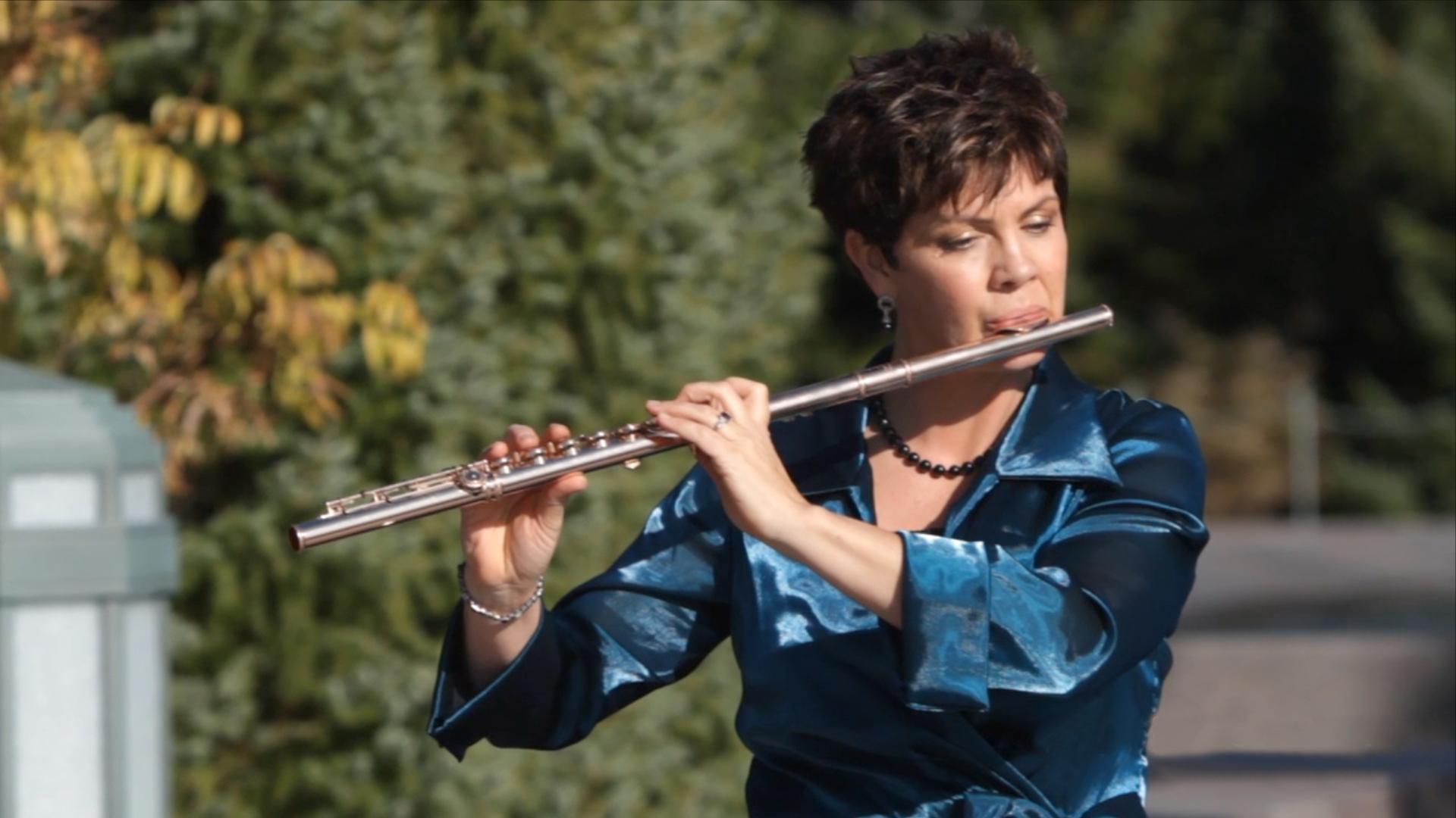 Jeannine Goeckeritz - Flute Out Door Performance.jpg