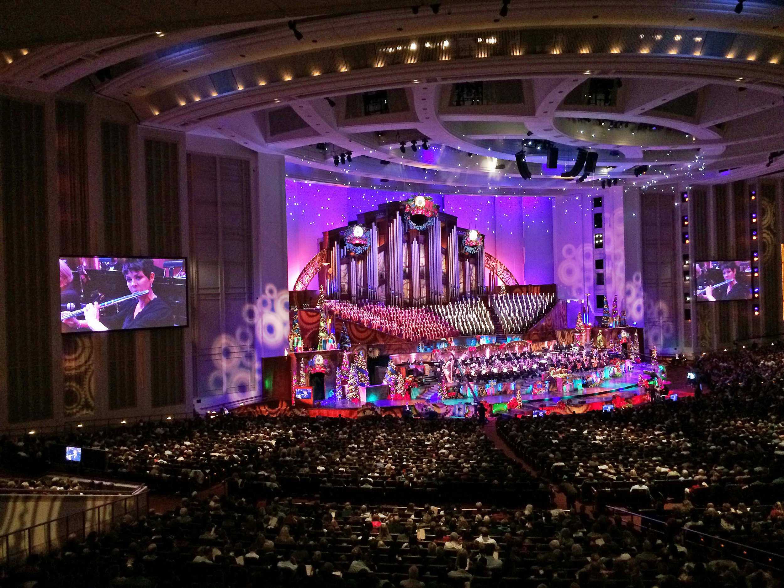Jeannine Goeckeritz - Christmas Concert Conference Center - Flute Talk International Magazine Article.jpg